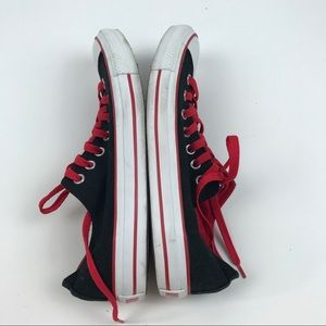 Converse Shoes - Converse 9 Lace Up Chuck Taylors Sneakers Shoes